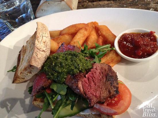 Steak sandwich (earlier menu)