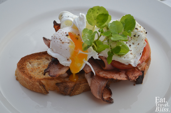 Balmoral Boatshed - egs and bacon